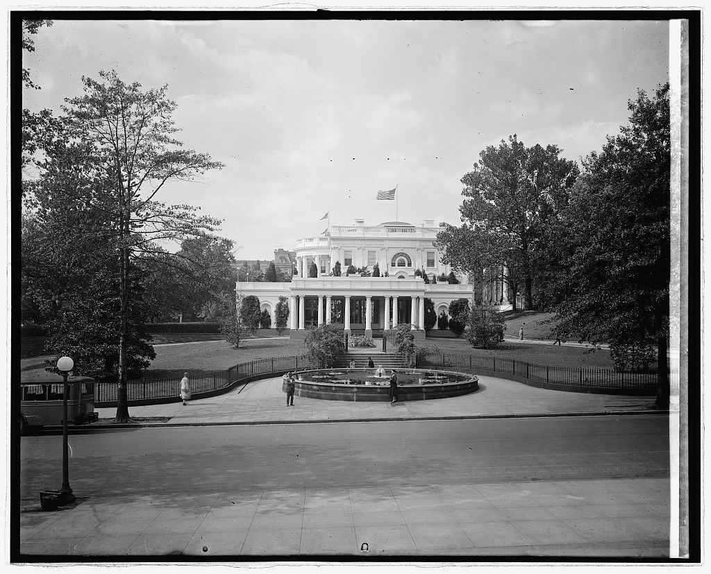 8 x 10 Reprinted Old Photo of White House, [Washington, D.C.] 1924 National Photo Co  70a