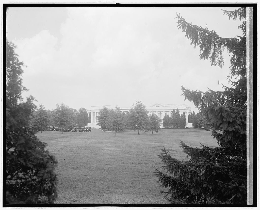 8 x 10 Reprinted Old Photo of Arlington National Cemetery, [Arlington, Virginia 1924 National Photo Co  30a