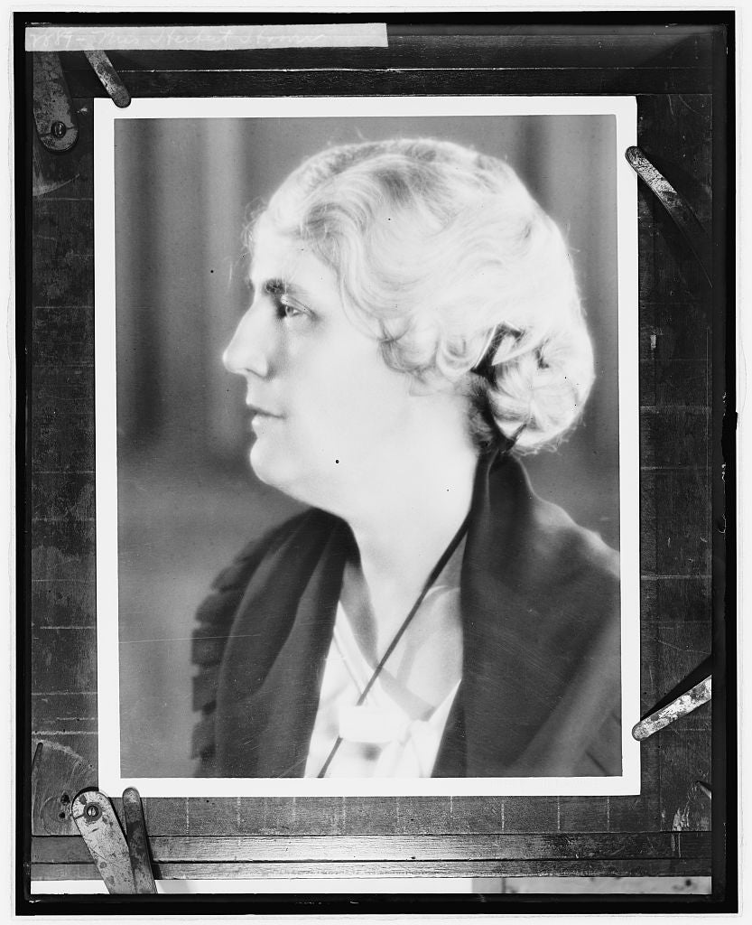 8 x 10 Reprinted Old Photo of Mrs. Herbert Hoover 1924 National Photo Co  41a