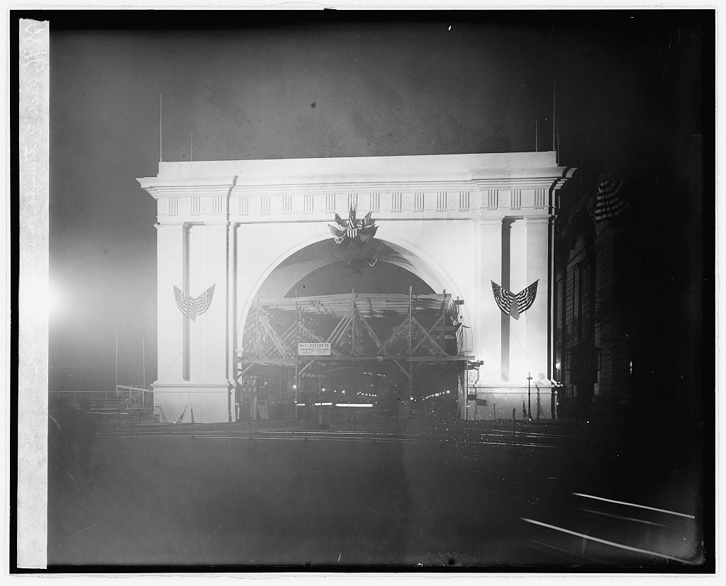 8 x 10 Reprinted Old Photo of Arch of Triumph of Pershing Parade 1924 National Photo Co  45a