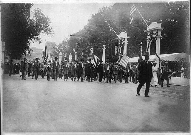 16 x 20 Reprinted Old Photo ofConfederate Veterans Reunion, Wash., D.C., 1917 1917 National Photo Co  75a