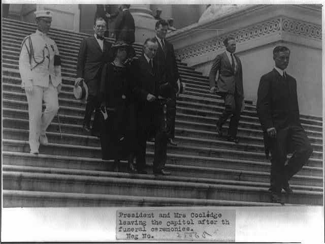 8 x 10 Reprinted Old Photo of President Harding's funeral; President and Mrs. Coolidge leaving the Capitol after the ceremonies, Aug. 1923 1923 National Photo Co  21a