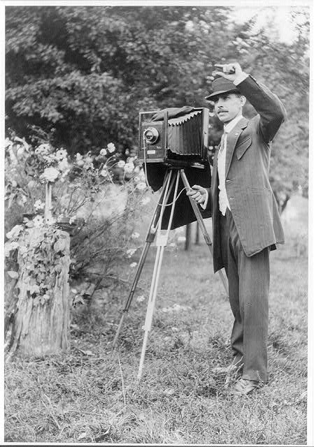 16 x 20 Reprinted Old Photo ofA.W. Leonard with large camera 1911 National Photo Co  98a