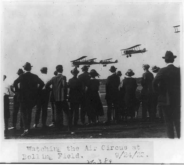 16 x 20 Reprinted Old Photo of Watching the air circus at Bolling Field 1923 National Photo Co  21a