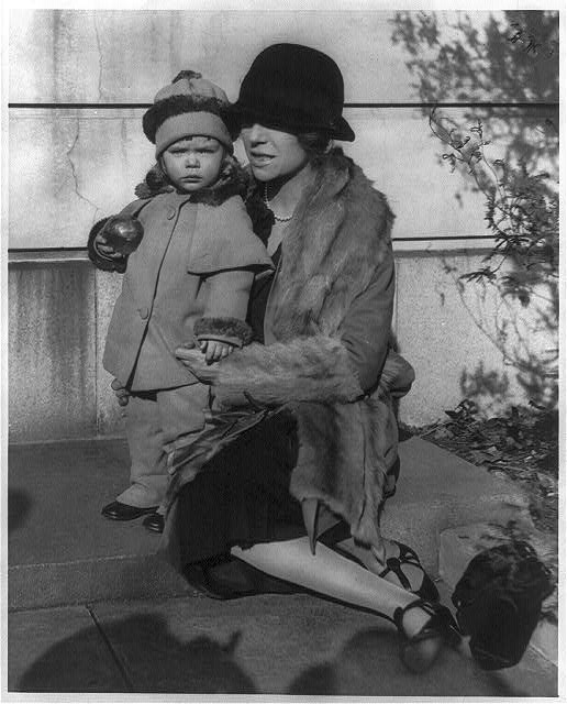 16 x 20 Reprinted Old Photo of[Alice (Roosevelt) Longworth, 1884- , full-length portrait, on her 43rd birthday, seated on step with her 2 year old daughter Paulyna, facing  1927 National Photo Co  51a