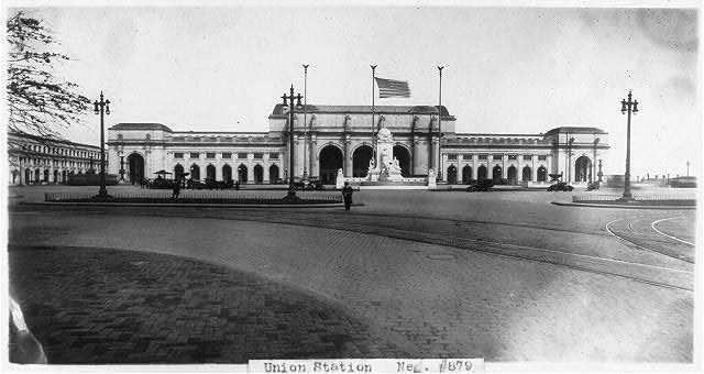 8 x 10 Reprinted Old Photo of Union Station, Washington, D.C. - full view from east 1928 National Photo Co  45a