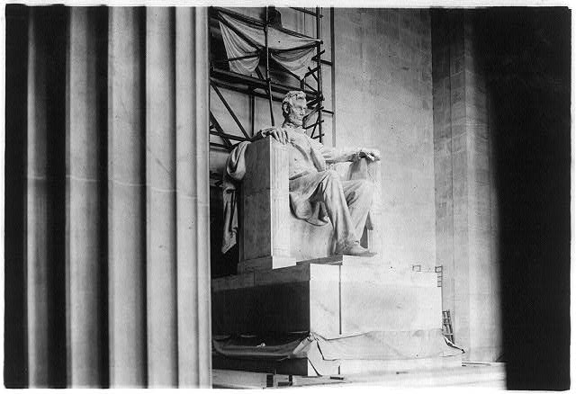 8 x 10 Reprinted Old Photo of Interior of Lincoln Memorial, showing statue of Lincoln from left of center 1928 National Photo Co  50a