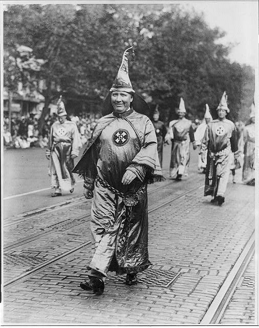 16 x 20 Reprinted Old Photo ofDr. H.W. Evans, Imperial Wizard of the Ku Klux Klan, leading his Knights of the Klan in the parade held in Washington, D.C. 1926 National Photo Co  61a