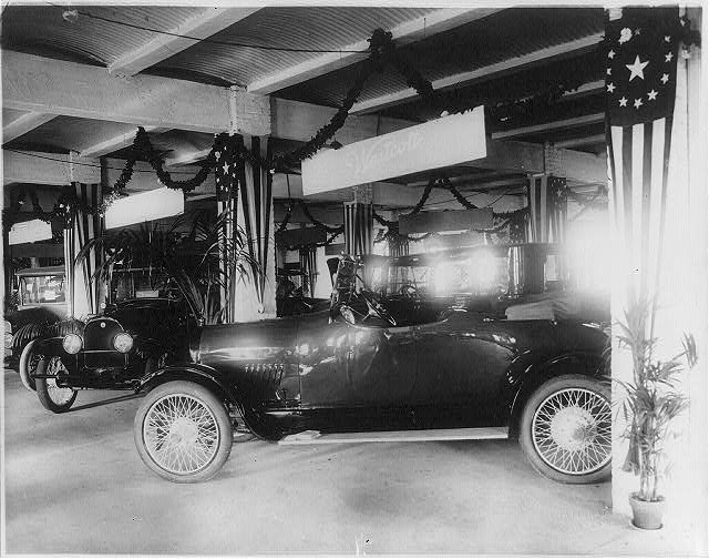 8 x 10 Reprinted Old Photo of Westcott automobiles at the Washington, D.C., auto show 1917 National Photo Co  67a