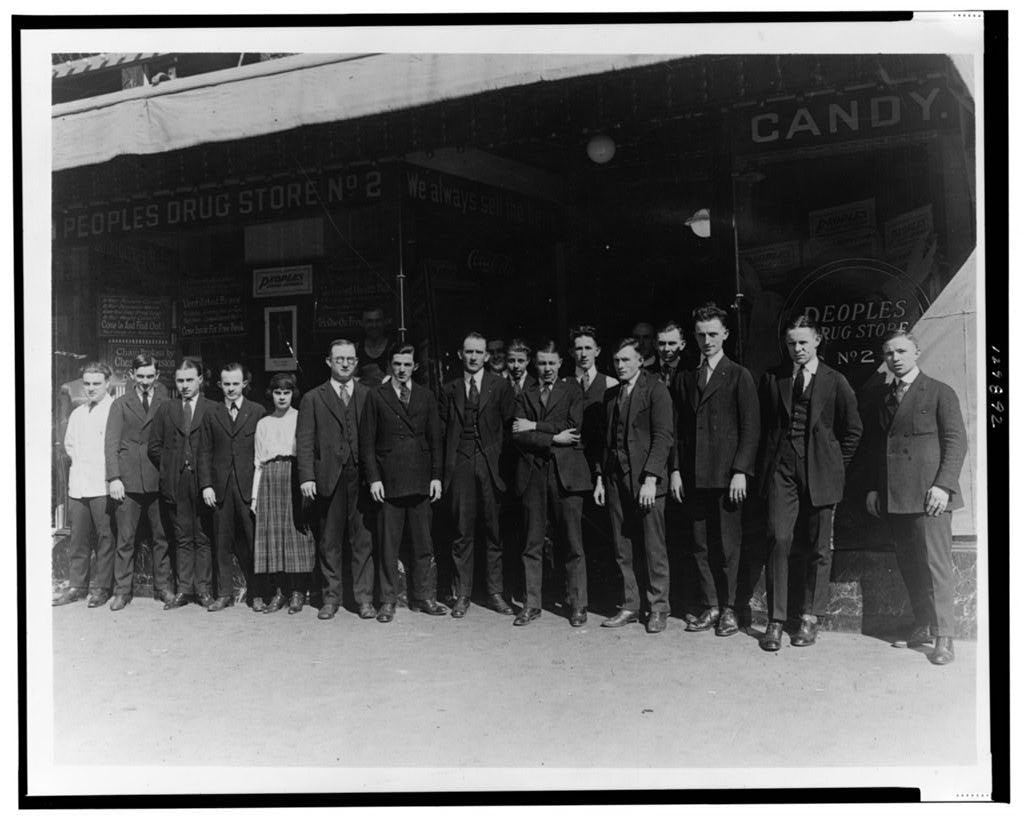 16 x 20 Reprinted Old Photo ofEmployees of People's Drug Store, No. 2, Washington, D.C., standing in front of store 1921 National Photo Co  86a
