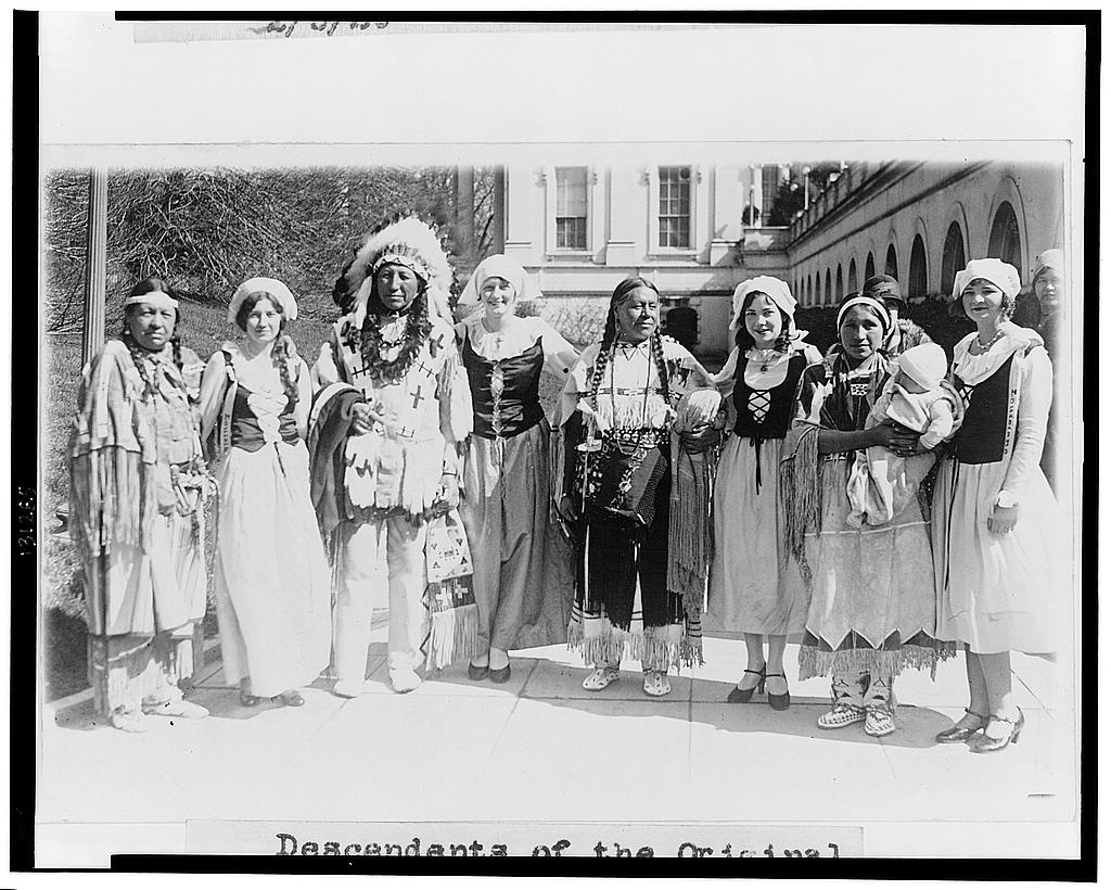 8 x 10 Reprinted Old Photo of Descendants of the original Americans and the early French settlers meet at the White Hou[se] as callers on their president 1929 National Photo Co  04a