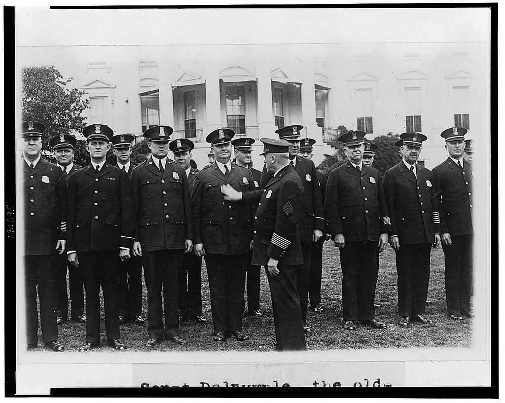 8 x 10 Reprinted Old Photo of Sergt. Dalrymple, the oldest member of the White House force in point of service, inspecting the force and its new uniforms on the South lawn  1929 National Photo Co  15a