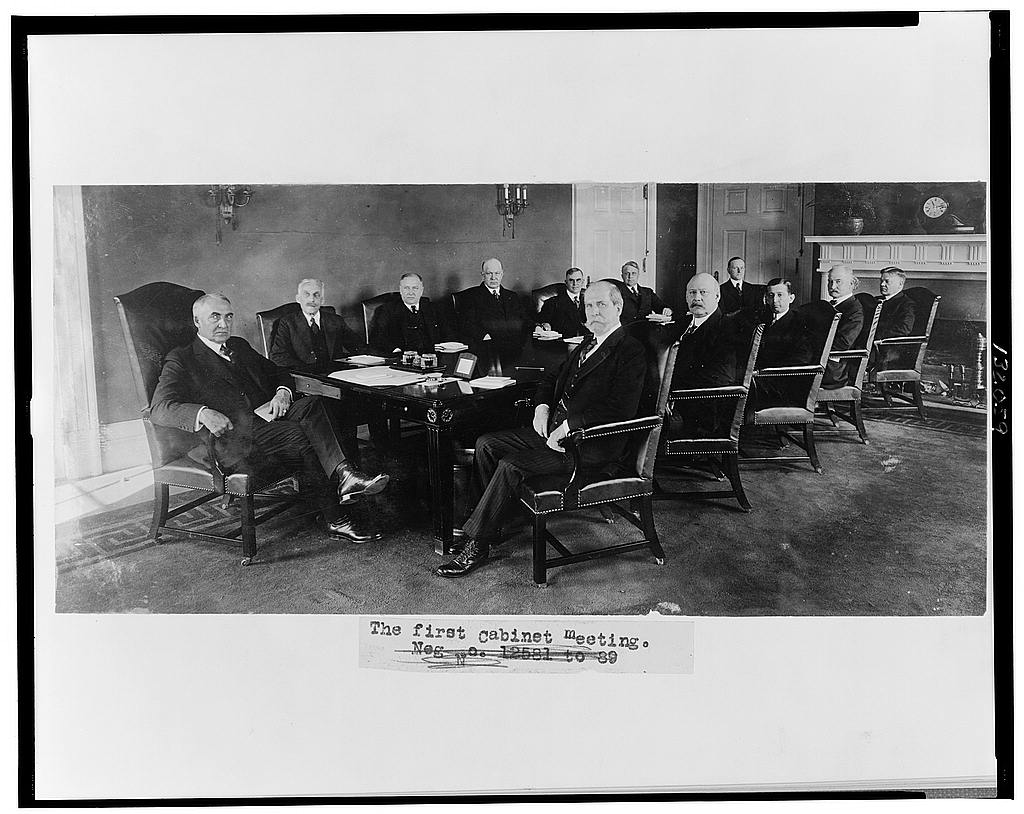 8 x 10 Reprinted Old Photo of The first cabinet meeting 1921 National Photo Co  97a