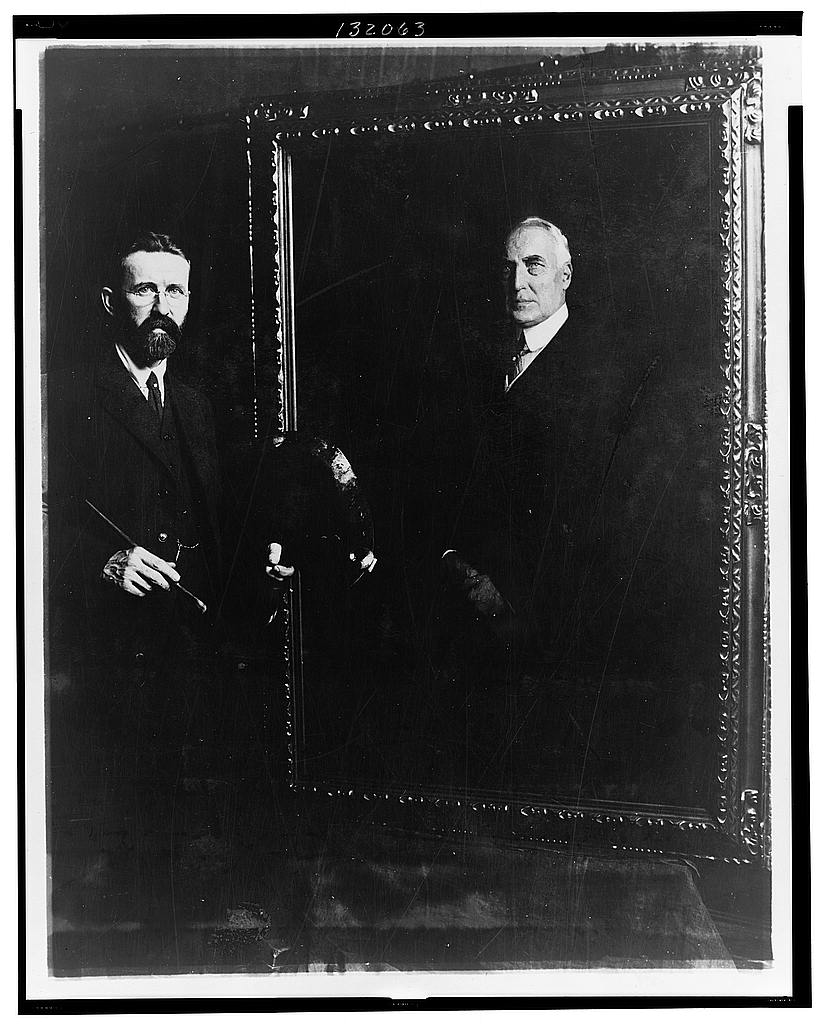 8 x 10 Reprinted Old Photo of E. Hodgson Smart and his painting of Mr. Harding made from life 1922 National Photo Co  01a