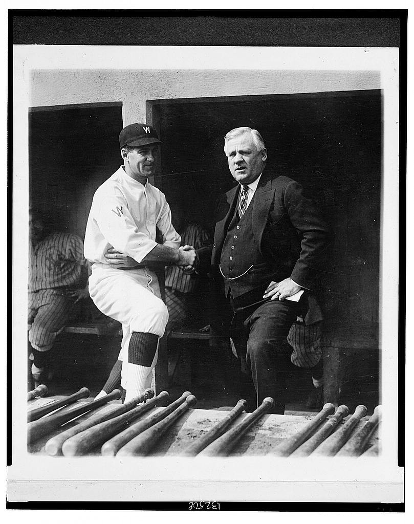 8 x 10 Reprinted Old Photo of Stanley Harris, manager of the Washington team, and John McGraw, manager of the New York Giants, shake hands before the big fight for the Worl 1924 National Photo Co  63a