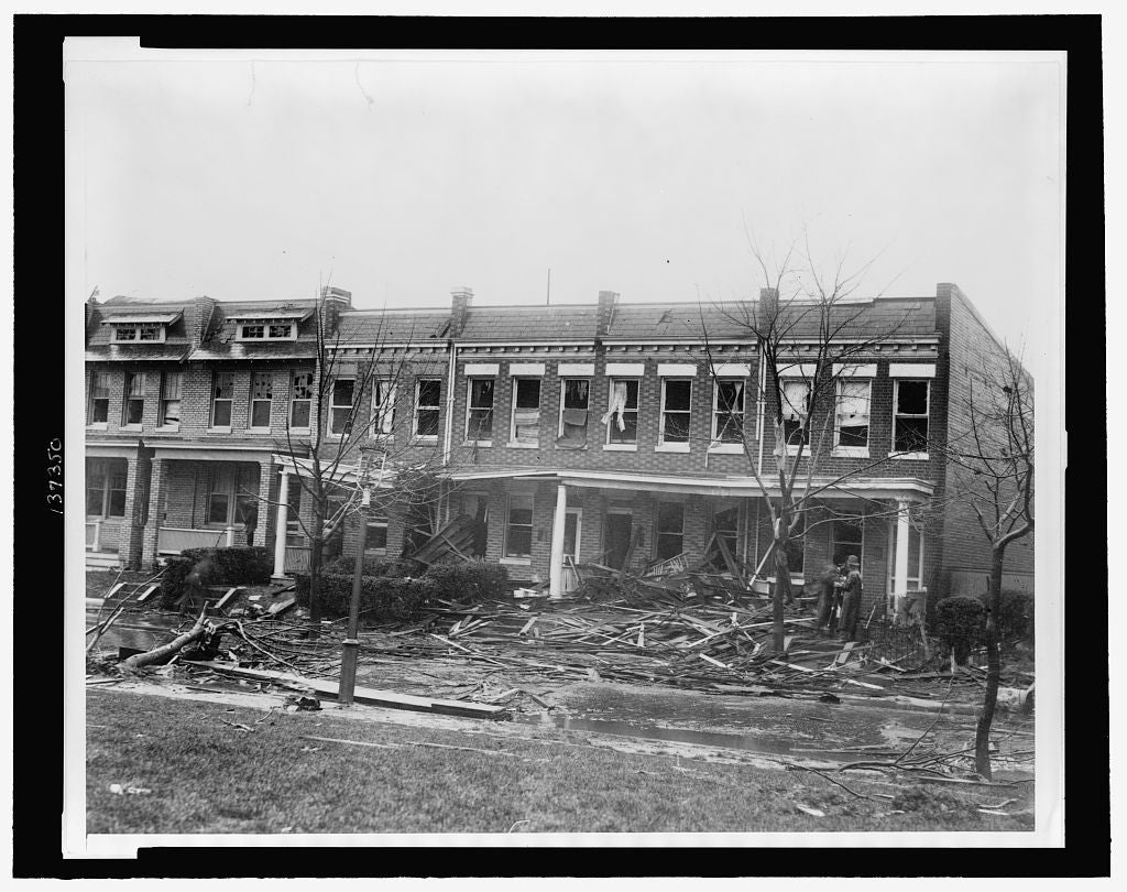 8 x 10 Reprinted Old Photo of [Row houses at 1216 - 1226 C St. SE, severely damaged by a tornado on Nov. 17, 1927] 1927 National Photo Co  09a