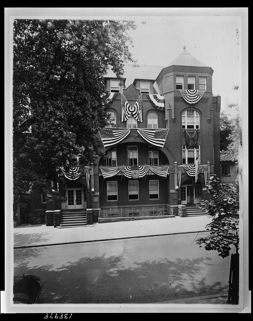 8 x 10 Reprinted Old Photo of Knights of Columbus Hall, Washington, D.C.[?] 1921 National Photo Co  31a