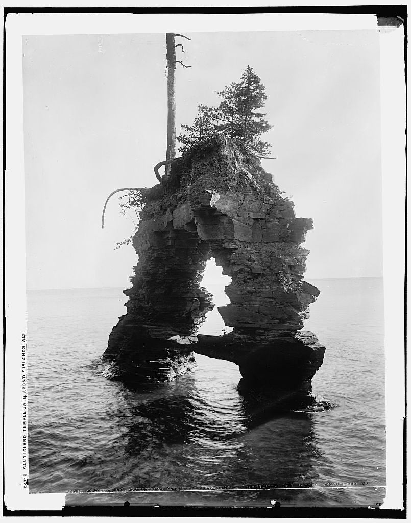 16 x 20 Gallery Wrapped Frame Art Canvas Print of Sand Island Temple Gate Apostle Islands Wis  1898 Detriot Publishing co.  41a