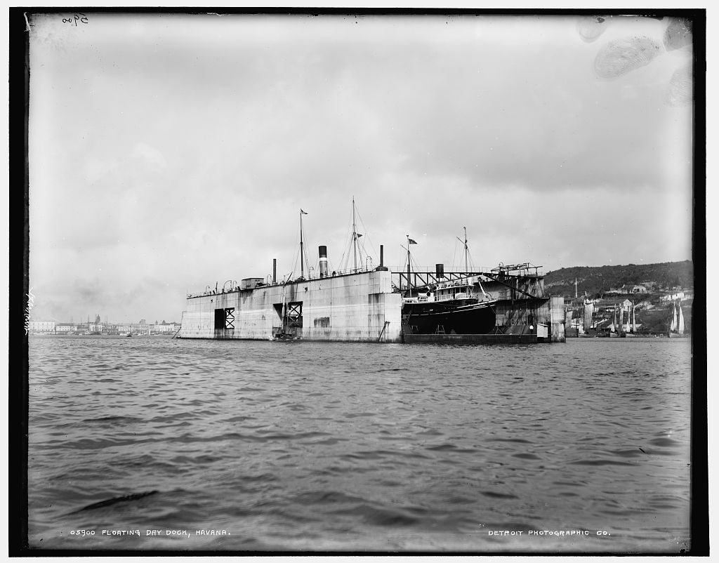 16 x 20 Gallery Wrapped Frame Art Canvas Print of Floating dry dock Havana 1891 Detriot Publishing co.  20a