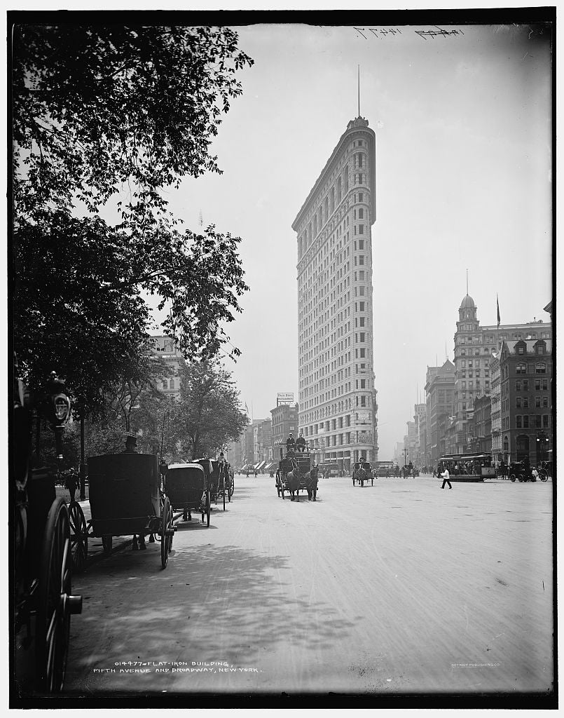 16 x 20 Gallery Wrapped Frame Art Canvas Print of Flat-Iron Building i e Flatiron Fifth Avenue and Broadway New York 1902 Detriot Publishing co.  99a
