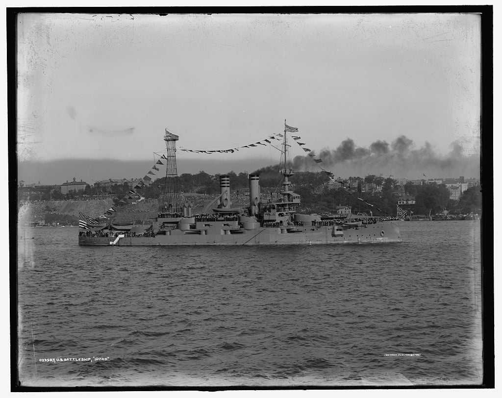 16 x 20 Gallery Wrapped Frame Art Canvas Print of U S battleship Idaho 1909 Detriot Publishing co.  39a