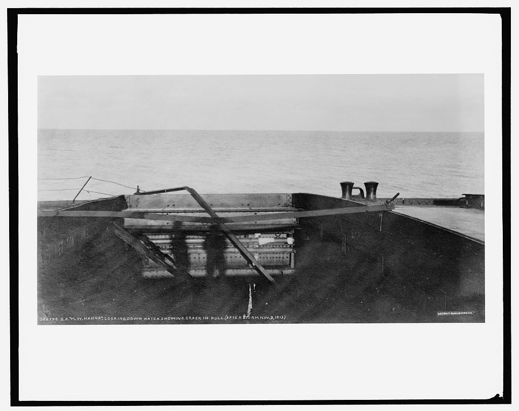 16 x 20 Gallery Wrapped Frame Art Canvas Print of S S M W i e Howard M Hanna looking down hatch showing crack in hull after storm 1913 Detriot Publishing co.  96a