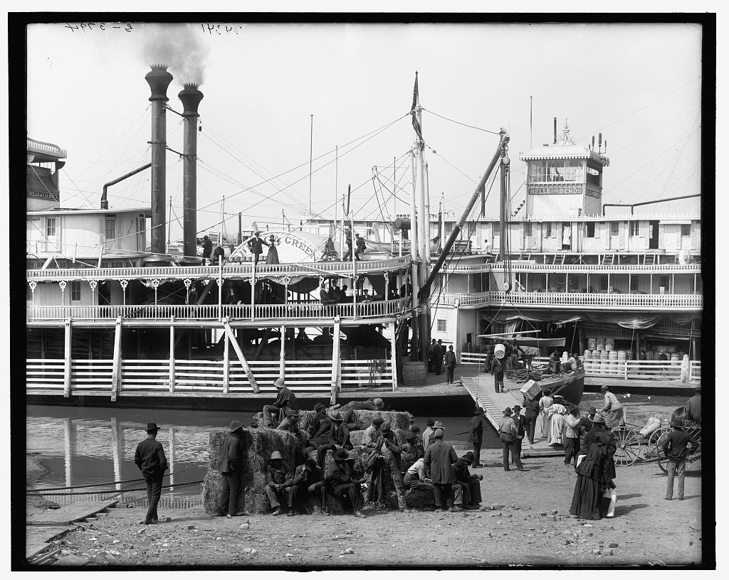 16 x 20 Gallery Wrapped Frame Art Canvas Print of The Steamboat landing Vicksburg Miss  1905 Detriot Publishing co.  85a