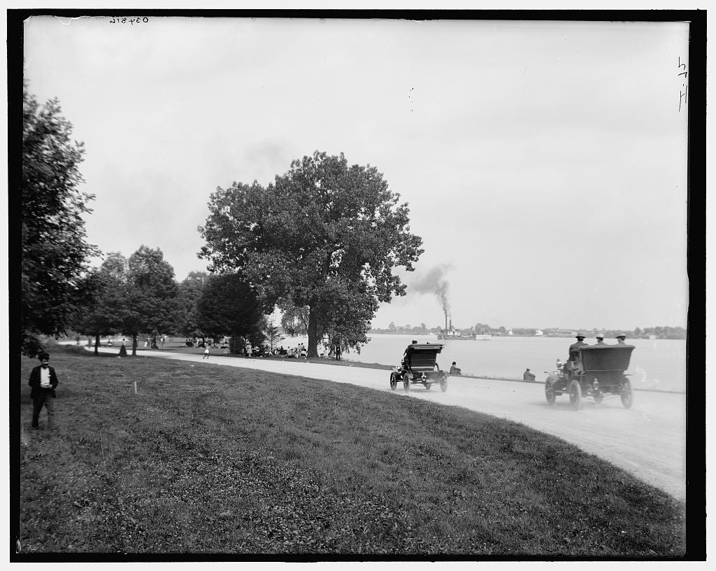 16 x 20 Gallery Wrapped Frame Art Canvas Print of Driveway Belle Isle Park  1900 Detriot Publishing co.  24a