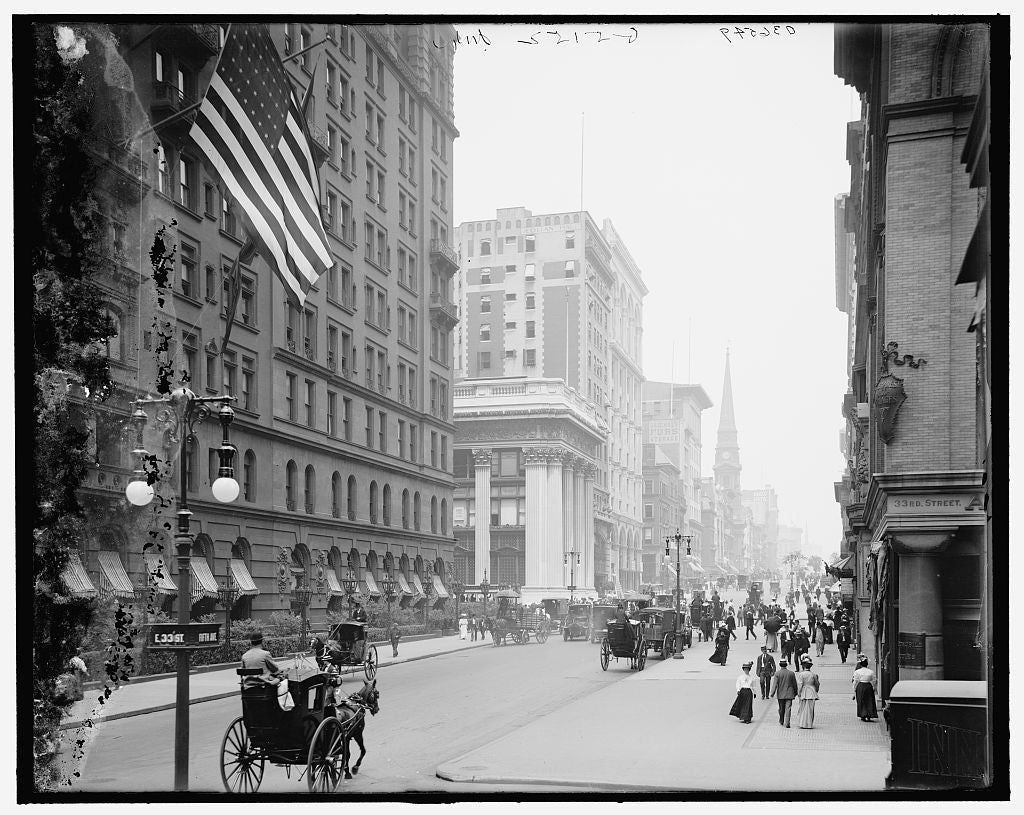 16 x 20 Gallery Wrapped Frame Art Canvas Print of Fifth Avenue from Thirty-third Street New York N Y  1913 Detriot Publishing co.  80a