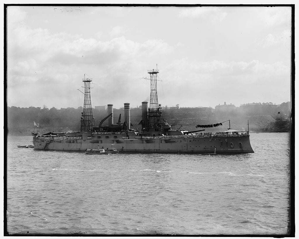16 x 20 Gallery Wrapped Frame Art Canvas Print of U S battleship Kansas 1909 Detriot Publishing co.  42a