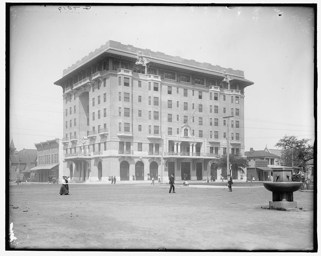 16 x 20 Gallery Wrapped Frame Art Canvas Print of San Carlos Hotel Pensacola Fla  1910 Detriot Publishing co.  89a