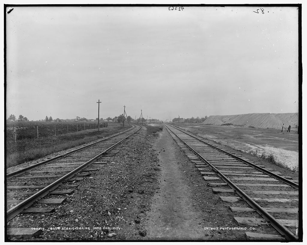16 x 20 Gallery Wrapped Frame Art Canvas Print of Track straightening near Coal City 1903 Detriot Publishing co.  82a