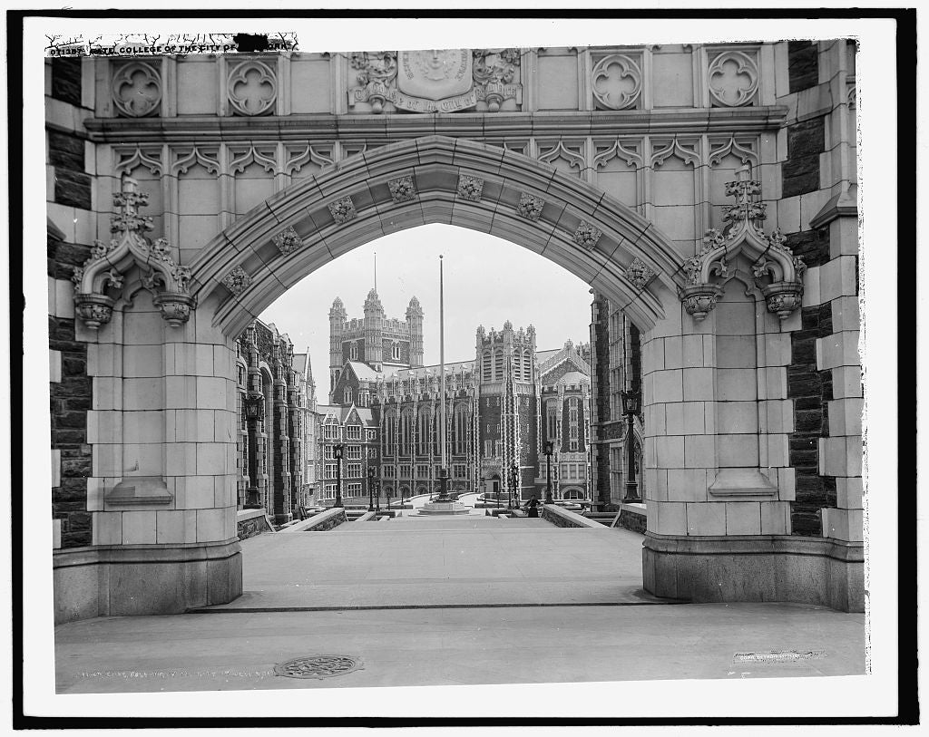 16 x 20 Gallery Wrapped Frame Art Canvas Print of Gate College of the City of New York City College City University of New York 1905 Detriot Publishing co.  92a