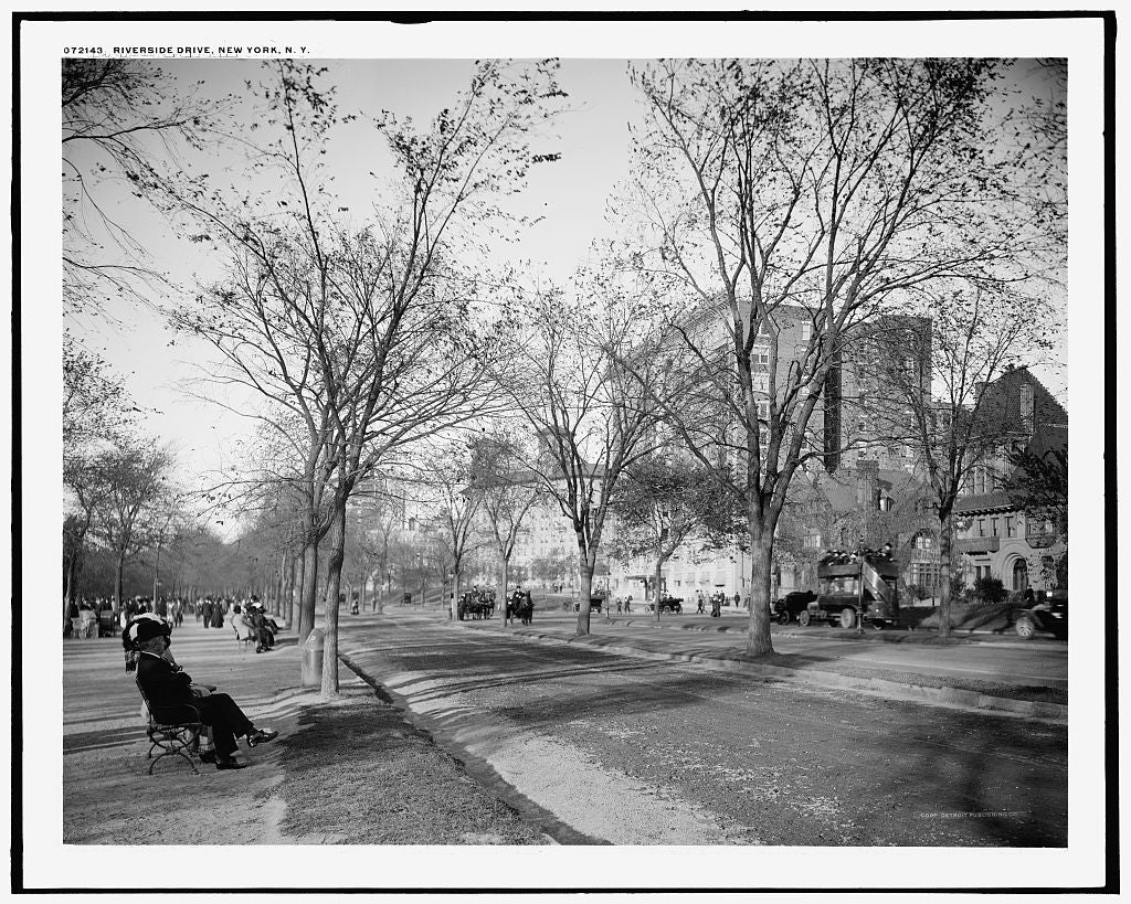 16 x 20 Gallery Wrapped Frame Art Canvas Print of Riverside Drive New York N Y  1915 Detriot Publishing co.  44a