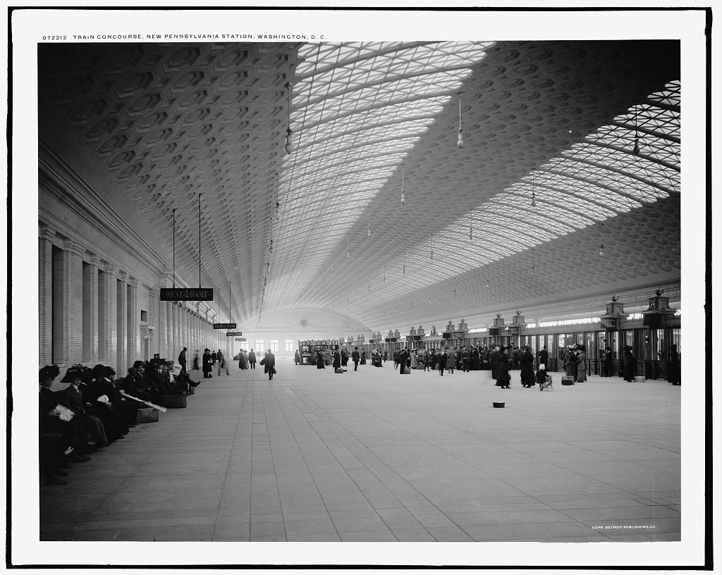 16 x 20 Gallery Wrapped Frame Art Canvas Print of Train concourse new Pennsylvania i e Union Station Washington D C  1915 Detriot Publishing co.  80a