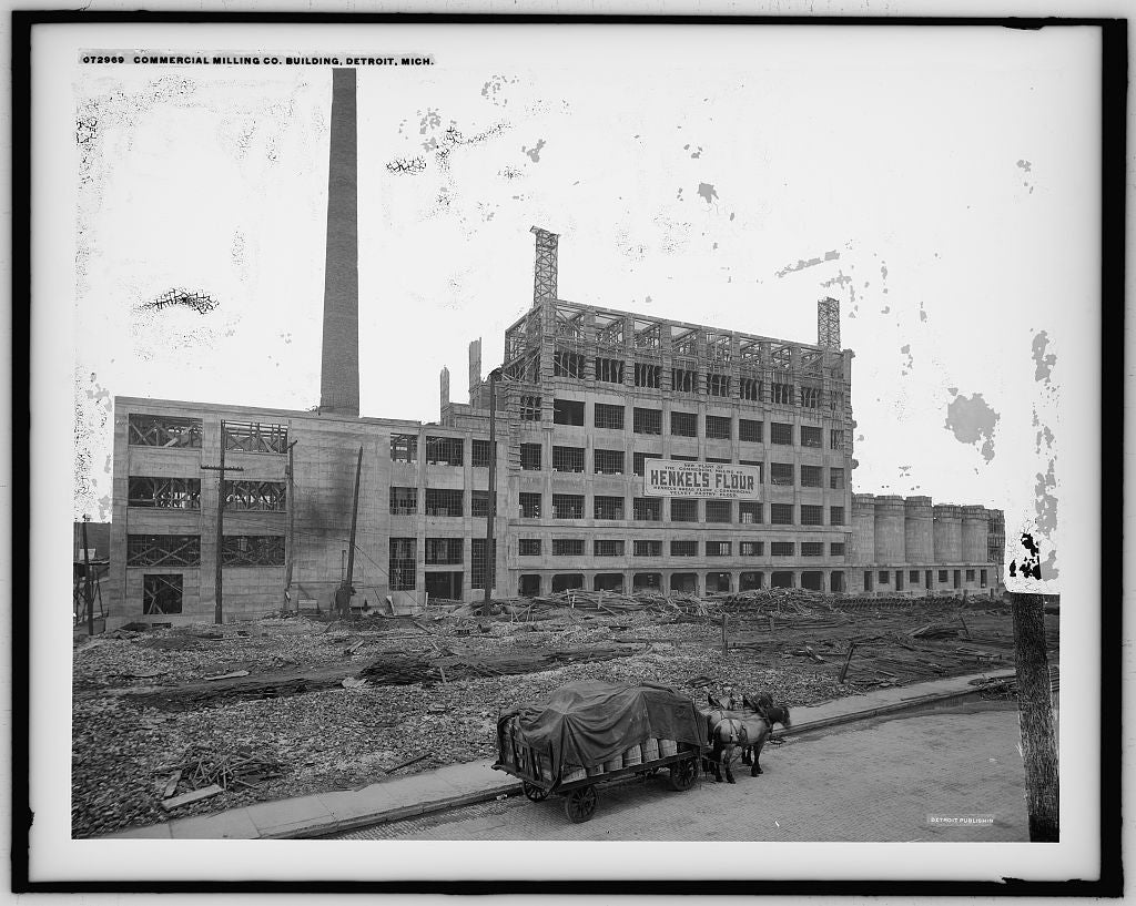 16 x 20 Gallery Wrapped Frame Art Canvas Print of Commercial Milling Co building Detroit Mich  1915 Detriot Publishing co.  82a