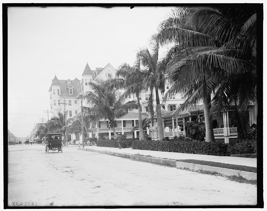 16 x 20 Gallery Wrapped Frame Art Canvas Print of  12th Street and Halcyon Hotel Miami Fla  1900 Detriot Publishing co.  83a