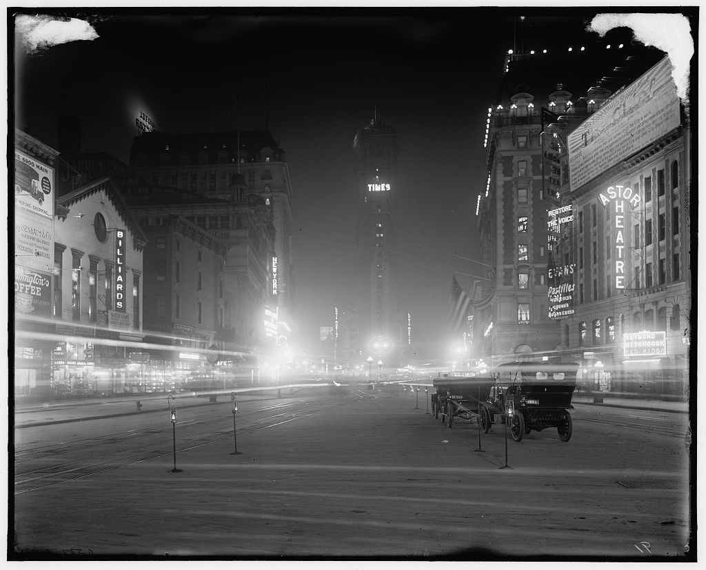 16 x 20 Gallery Wrapped Frame Art Canvas Print of Times Square at night New York N Y  1910 Detriot Publishing co.  37a