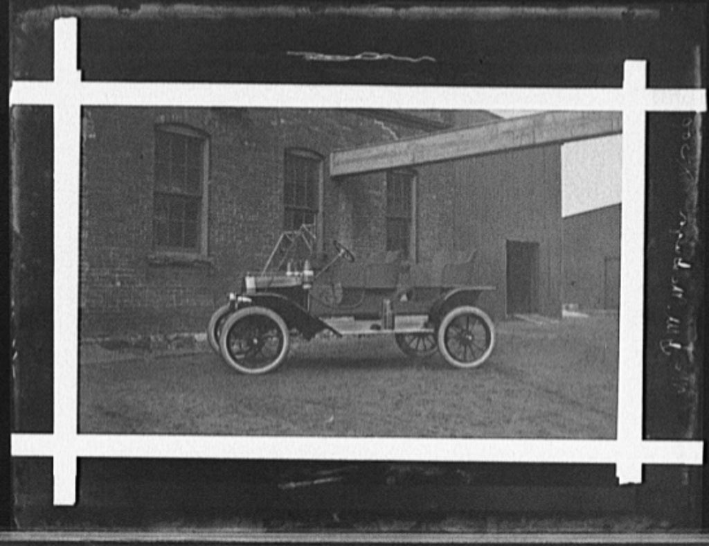 16 x 20 Gallery Wrapped Frame Art Canvas Print of Two-seater automobile in front of industrial building 1905 Detriot Publishing co.  91a