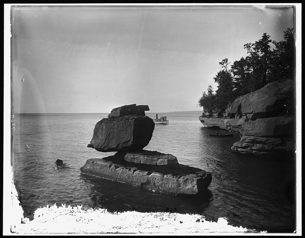 16 x 20 Gallery Wrapped Frame Art Canvas Print of Rock in Apostle Islands Lake Superior 1930 Detriot Publishing co.  86a
