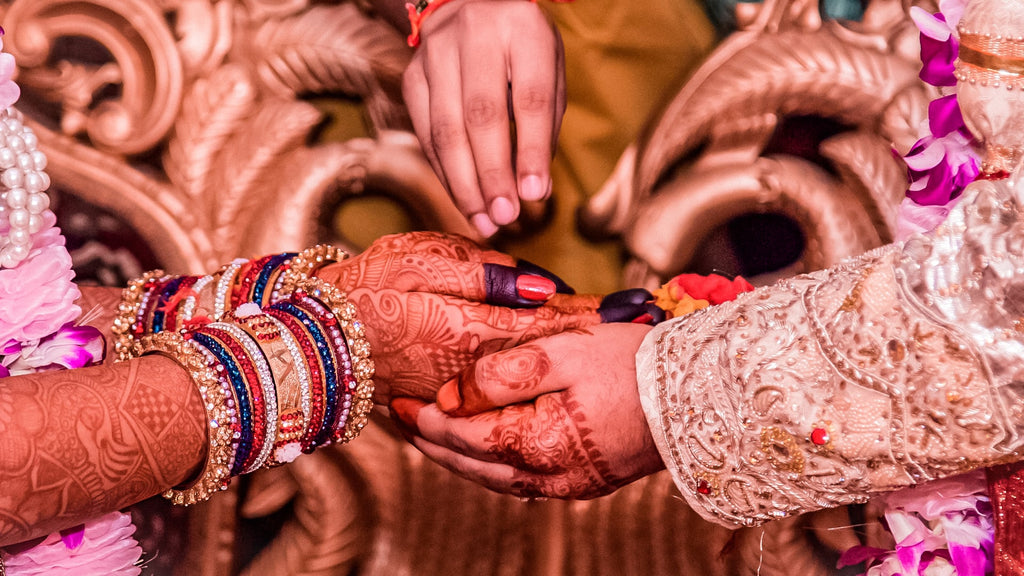 garment manufacturers in India - wedding season delays