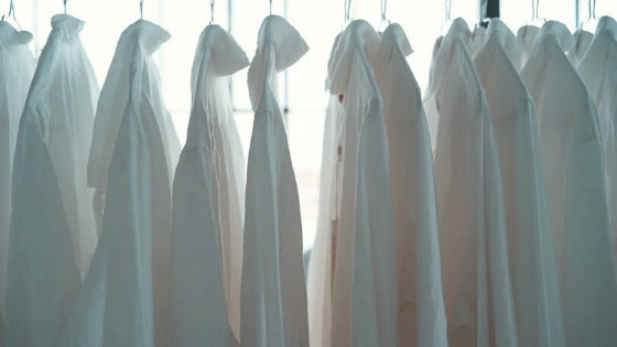 how to keep white clothing white in the laundry