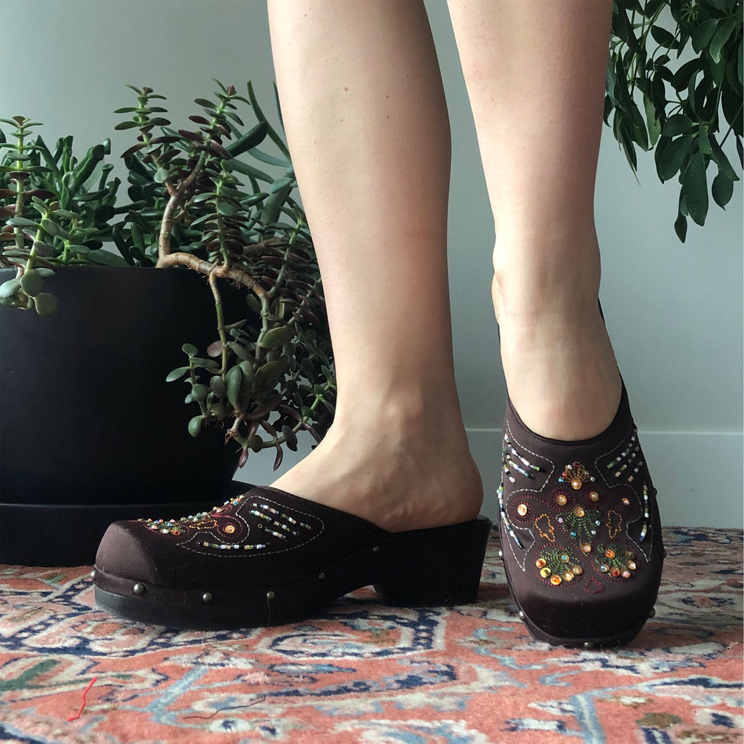 EMBELLISHED CLOGS - WOMEN'S SIZE 8