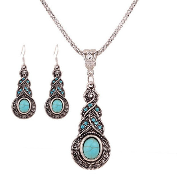 Faux Turquoise and Crystal earring and necklace set