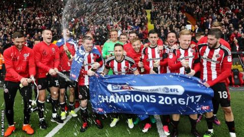 Sheffield United fans electric in celebration at Stadium MK!