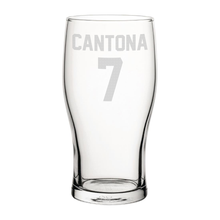 Load image into Gallery viewer, United Cantona 7 Engraved Pint Glass