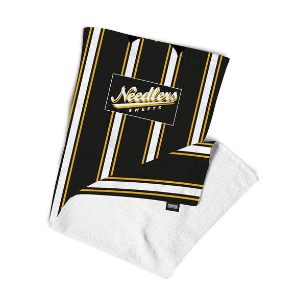 Hull '95 Beach Towel