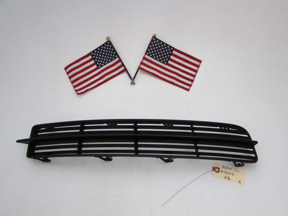 04 05 06 Acura TL FRONT BUMPER COVER LOWER RIGHT TRIM GRILLE OEM A2