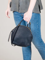 Anni Mini Shoulder Bag: Black
