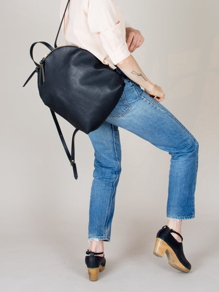 Anni Large Backpack: Black